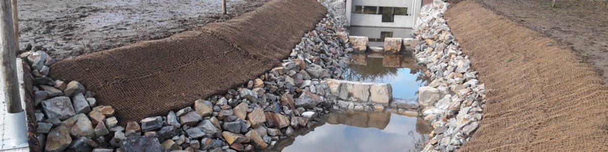 Passe-à-poissons : construction d'une rivière de contournement à Châtelais (49)